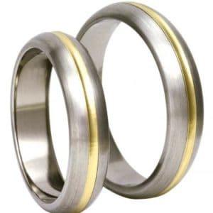 Forlovelsesring/giftering i titan og gult gull