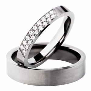 Forlovelsesring/giftering i titan, modell uten diamanter T200 fra Swepol